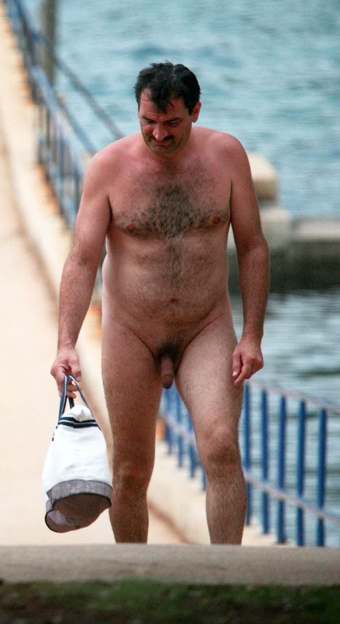 naked-hairy-daddy-beach