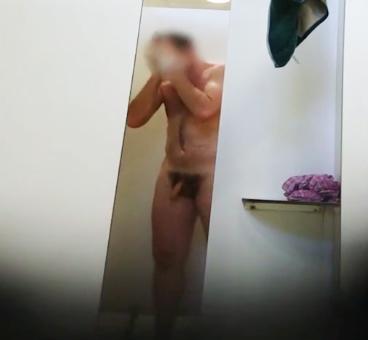 gym showers